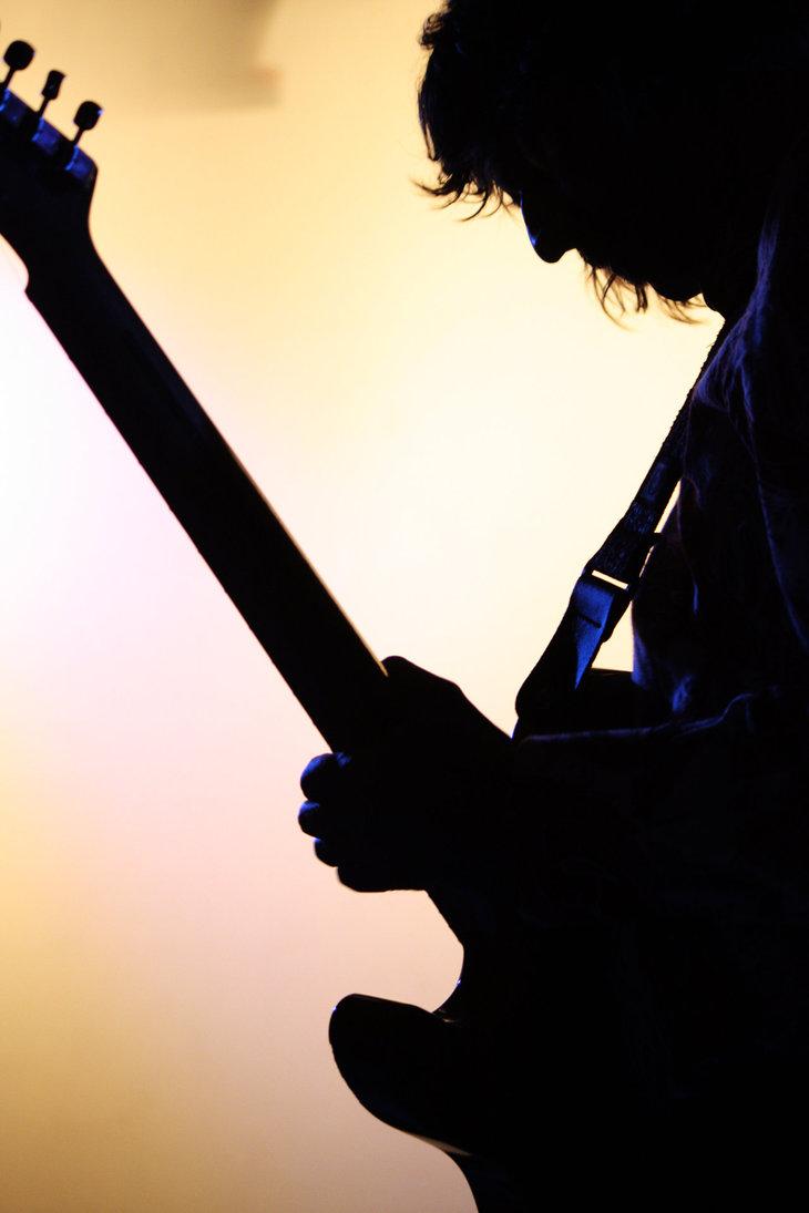 http://prepalband.files.wordpress.com/2012/03/guitarist_silhouette_1_by_eden_daintree-d3029s0.jpg