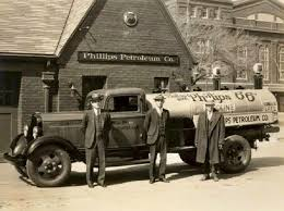 truck petrol old phillips.jpg